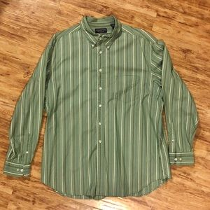 Roundtree & Yorke Men's XL Button Down Long Sleeve